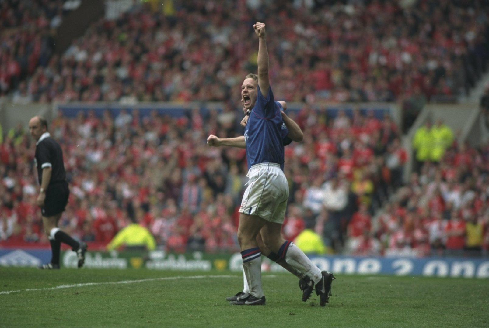 Kevin Davies celebrates with Chesterfield