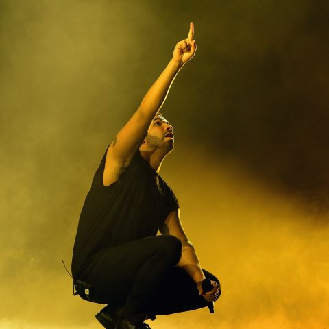 Drake is a massive sell-out on his new Hotline Bling video – Loaded