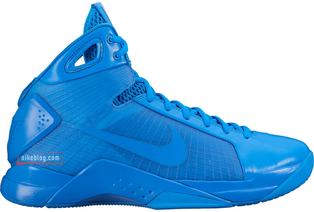 Nike relaunches the original Hyperdunk 08 – Loaded