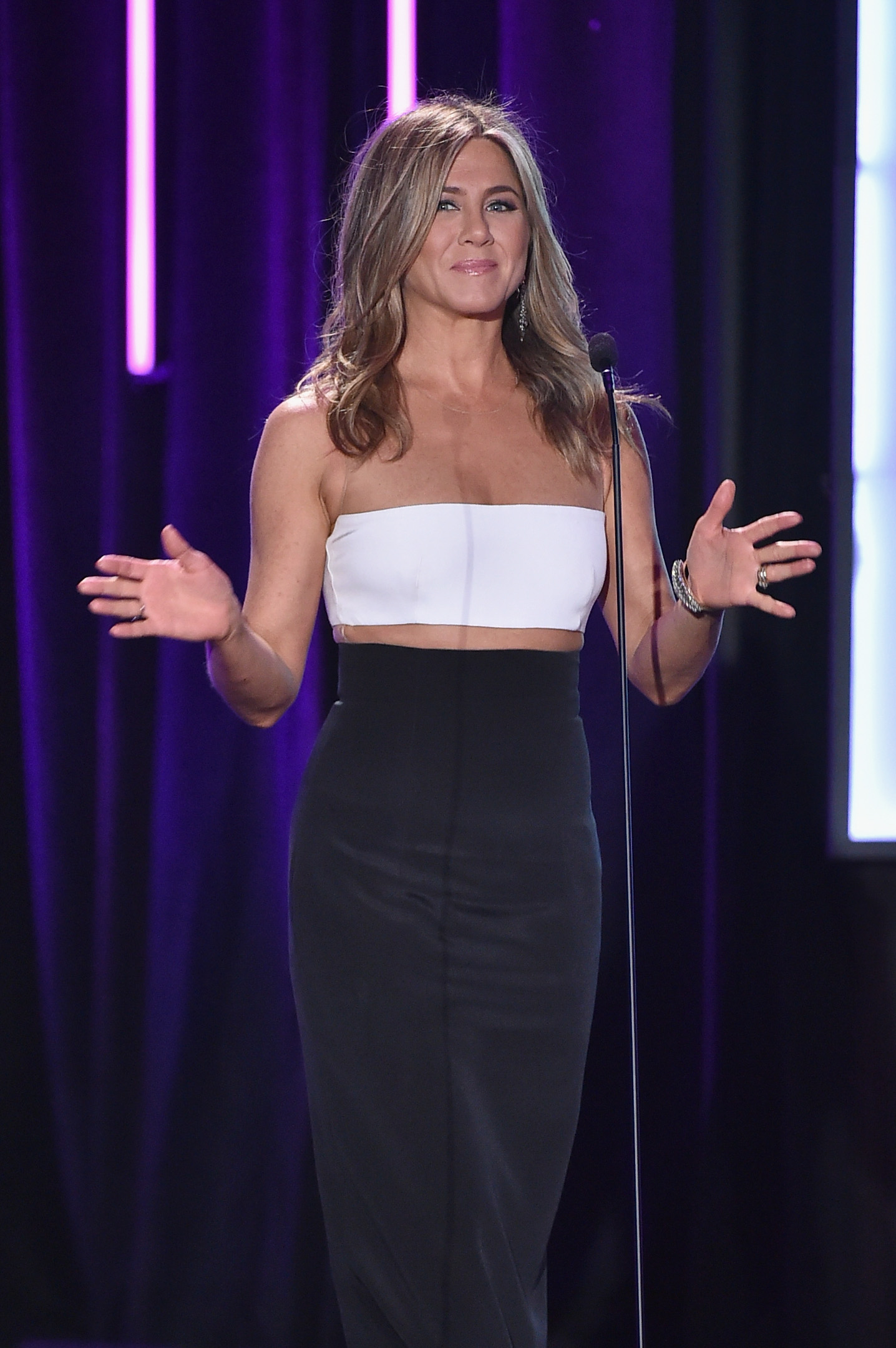 LOS ANGELES, CA - OCTOBER 30: Actress Jennifer Aniston speaks onstage during the 29th American Cinematheque Award honoring Reese Witherspoon at the Hyatt Regency Century Plaza on October 30, 2015 in Los Angeles, California. (Photo by Kevin Winter/Getty Images)