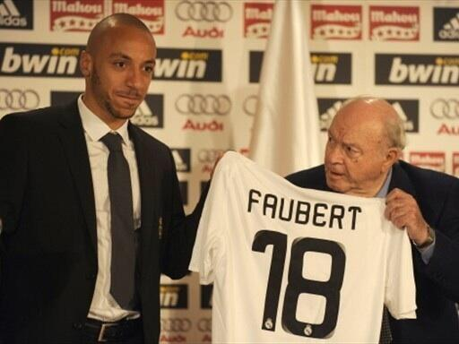Julian Faubert signs for Real Madrid on loan.