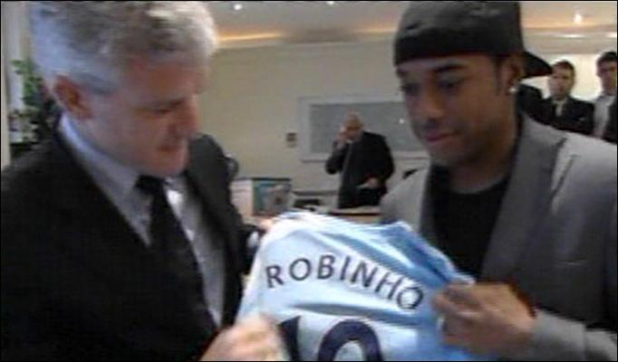 Robinho leaves Real Madrid for Manchester City.