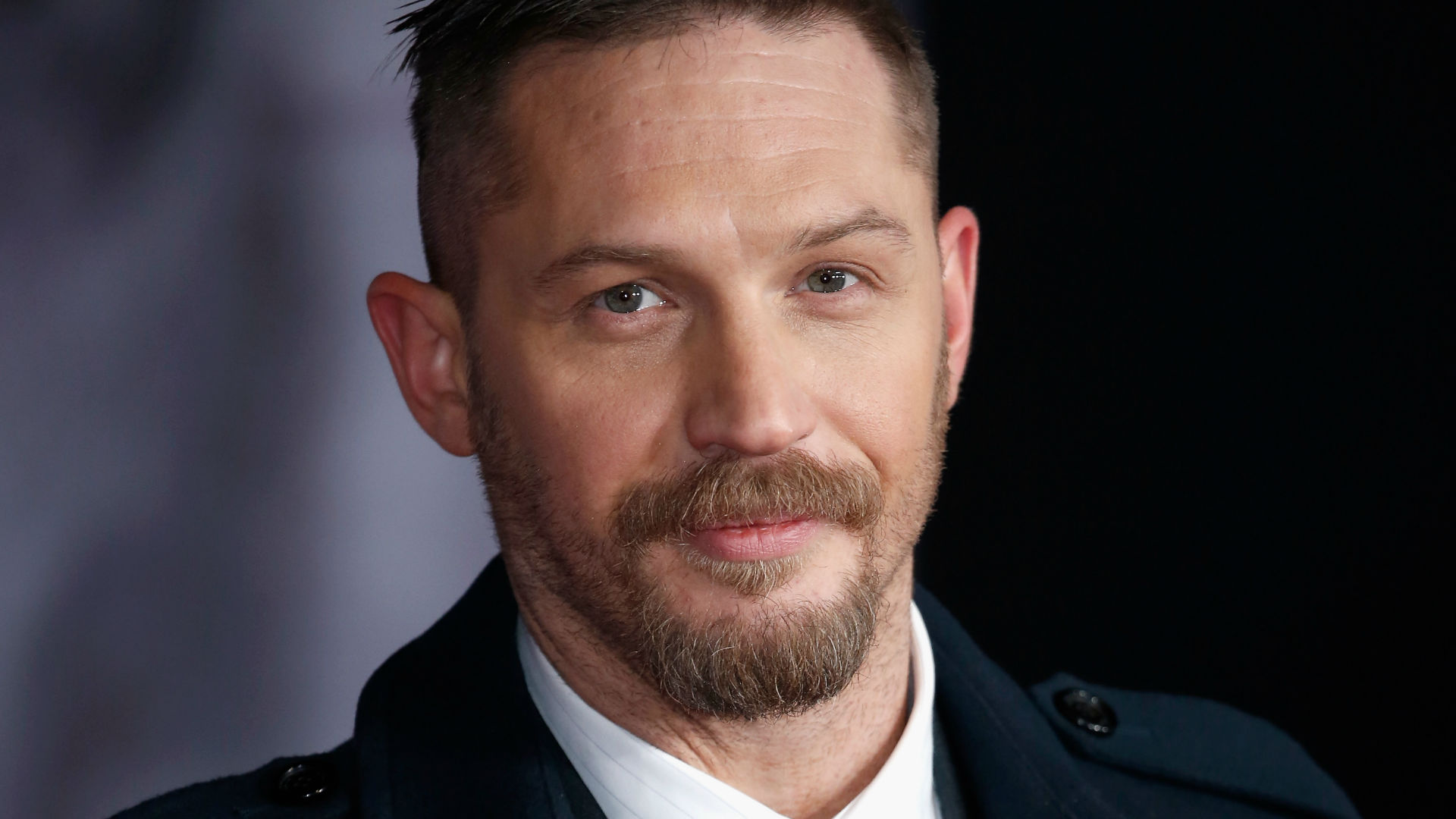 Tom Hardy Admits He On...