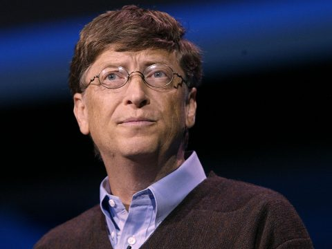 "LOS ANGELES - OCTOBER 12: Microsoft Chairman and Chief Technology Architect Bill Gates attends the ""Digital Entertainment Anywhere"" launch at the Shrine Auditorium October 12, 2004 in Los Angeles, California. (Photo by Mark Mainz/Getty Images)"