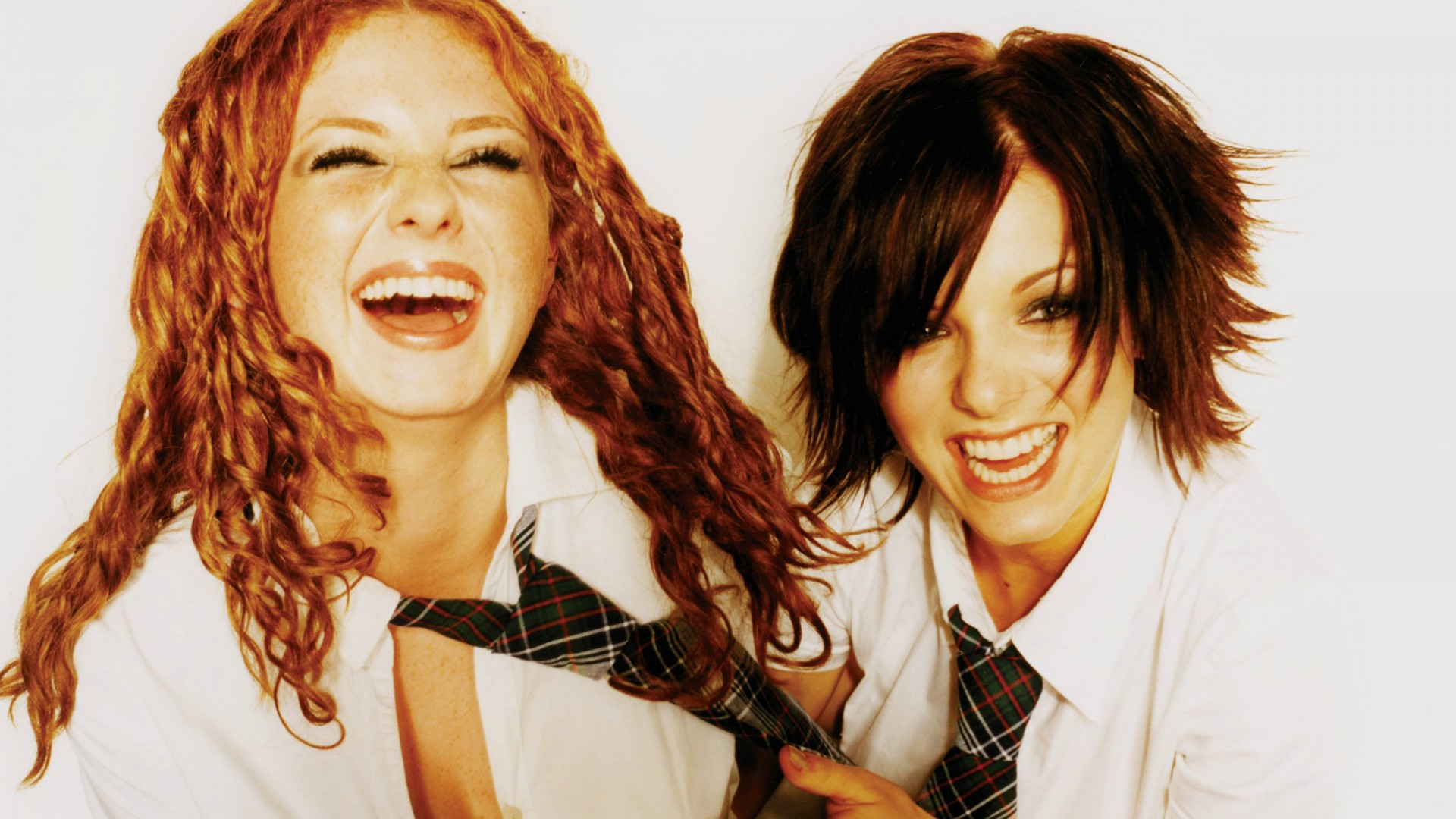 Find out what t.A.T.u. look like now...