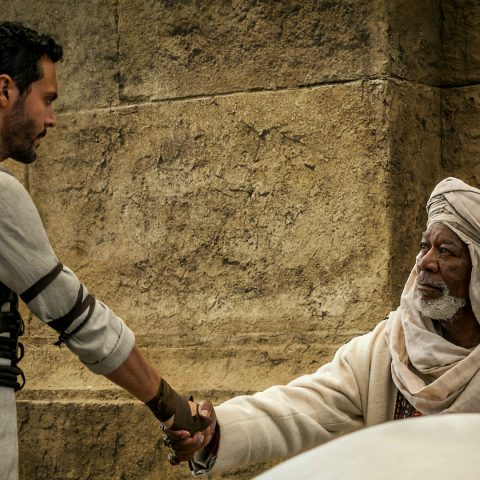 Jack Huston and Morgan Freeman in Ben Hur.