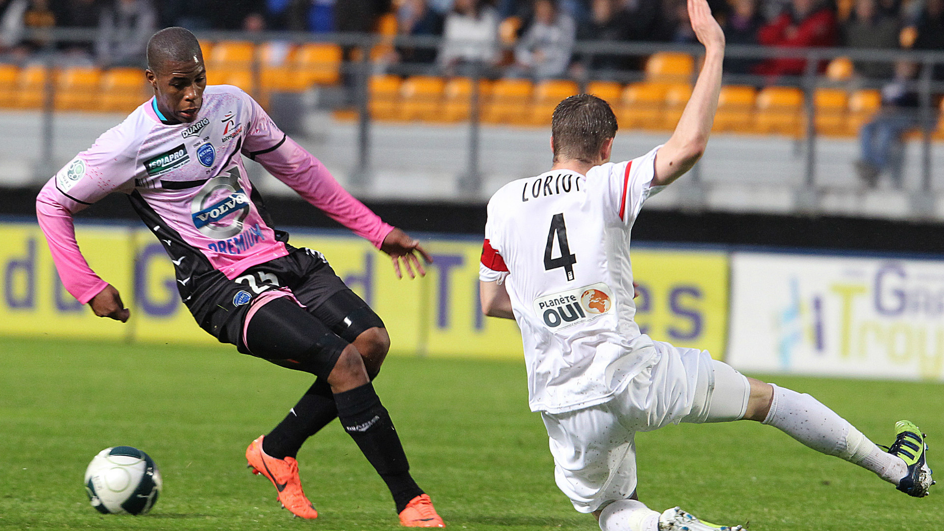 Sidibe in action for Troyes