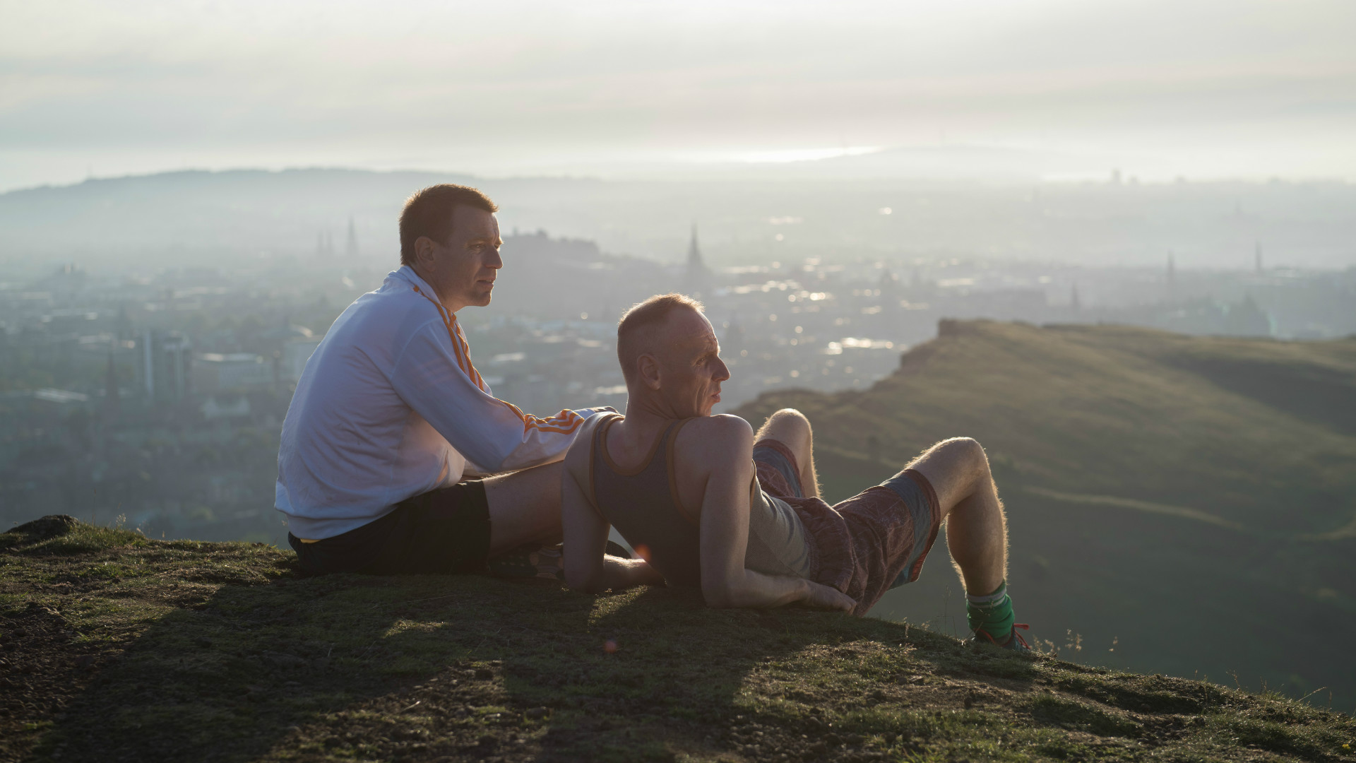 Mark and Spud in T2 Trainspotting