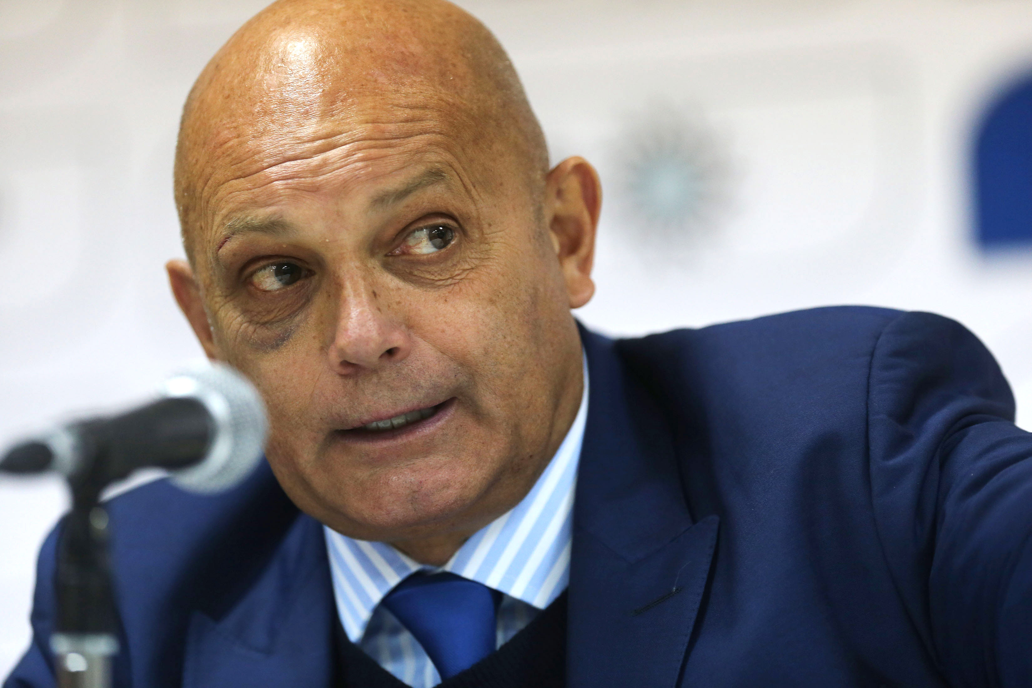 Ray Wilkins played for AC Milan and PSG yet seems to see no room for foreign players in English football.