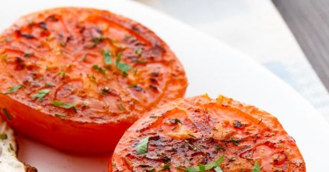 A grilled tomato.