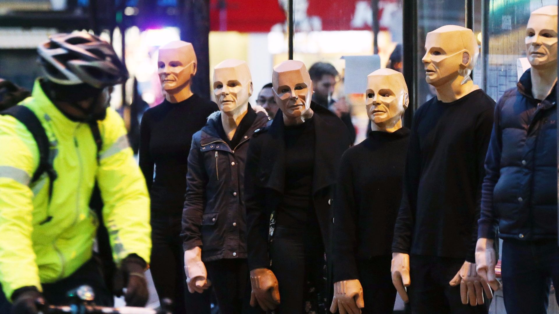 Fans donned Kryten masks for the Red Dwarf VII season send-off.