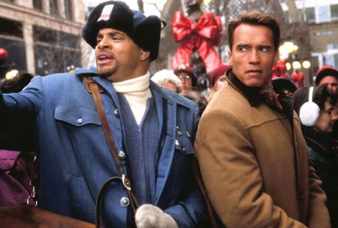 Sinbad and Arnold Schwarzenegger in Jingle All The Way.