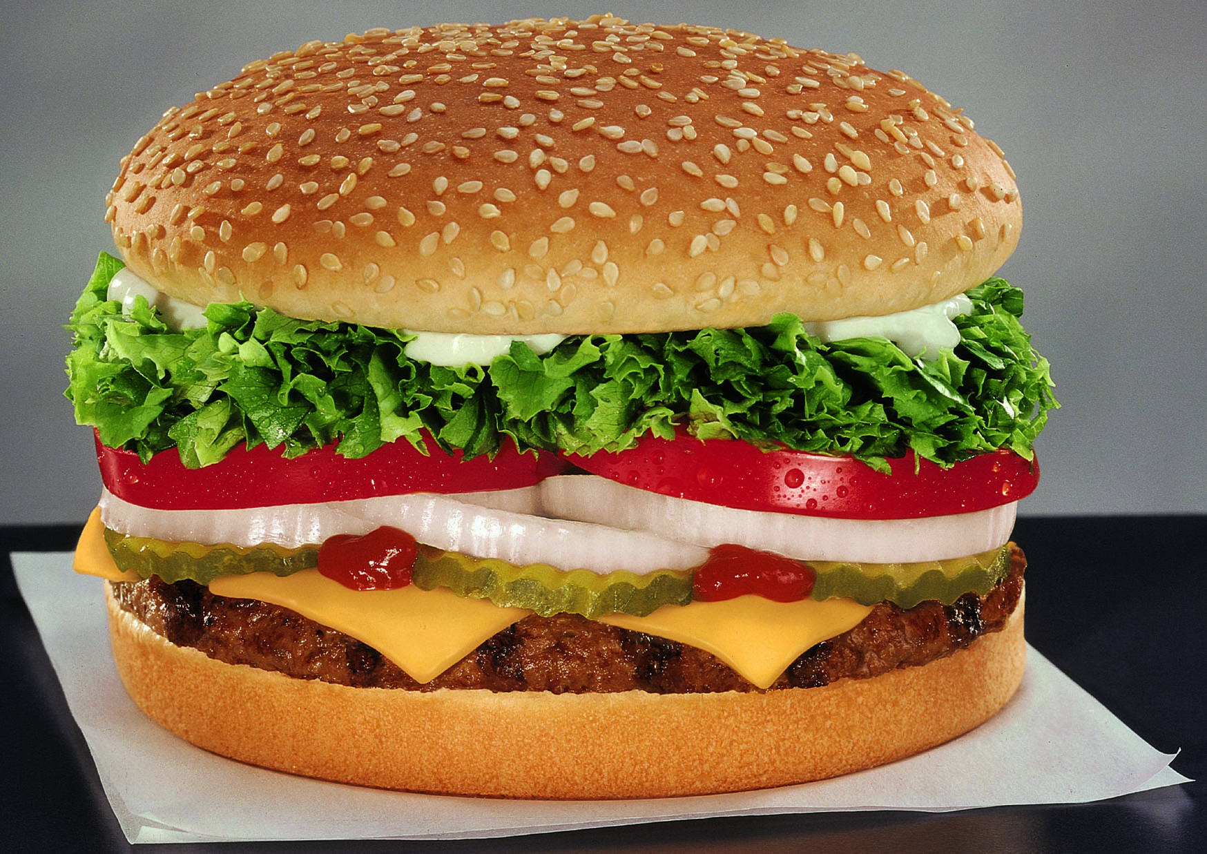 hamburger and burger king write Read the does mc donald's and burger king use real beef discussion from the chowhound restaurant chains, beef food community join the discussion today.