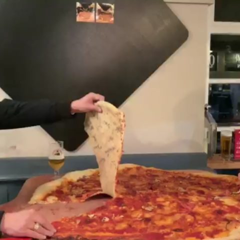 Can you handle this 30-minute 40-inch pizza challenge?