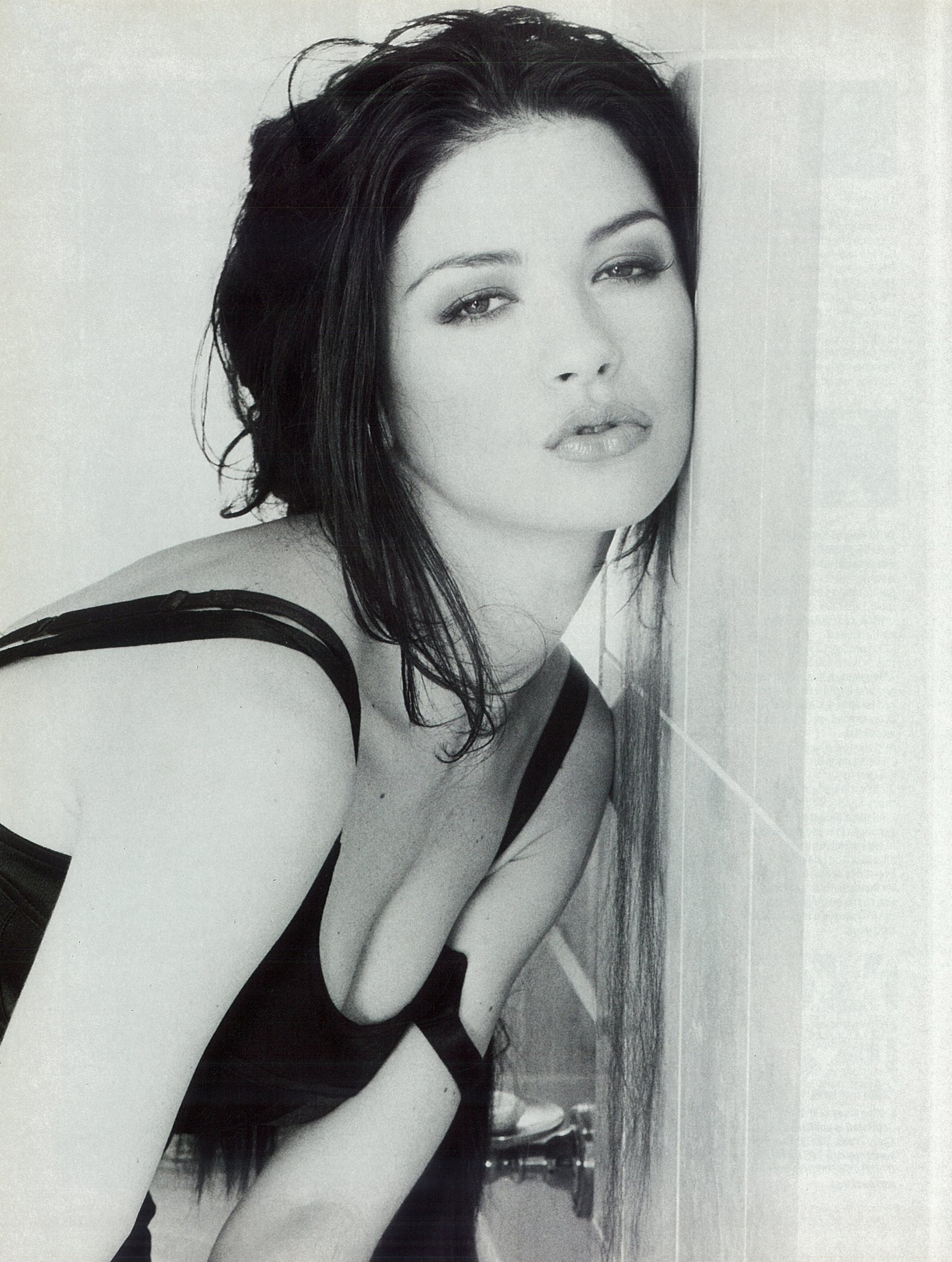 Catherine Zeta-Jones Loaded 1999