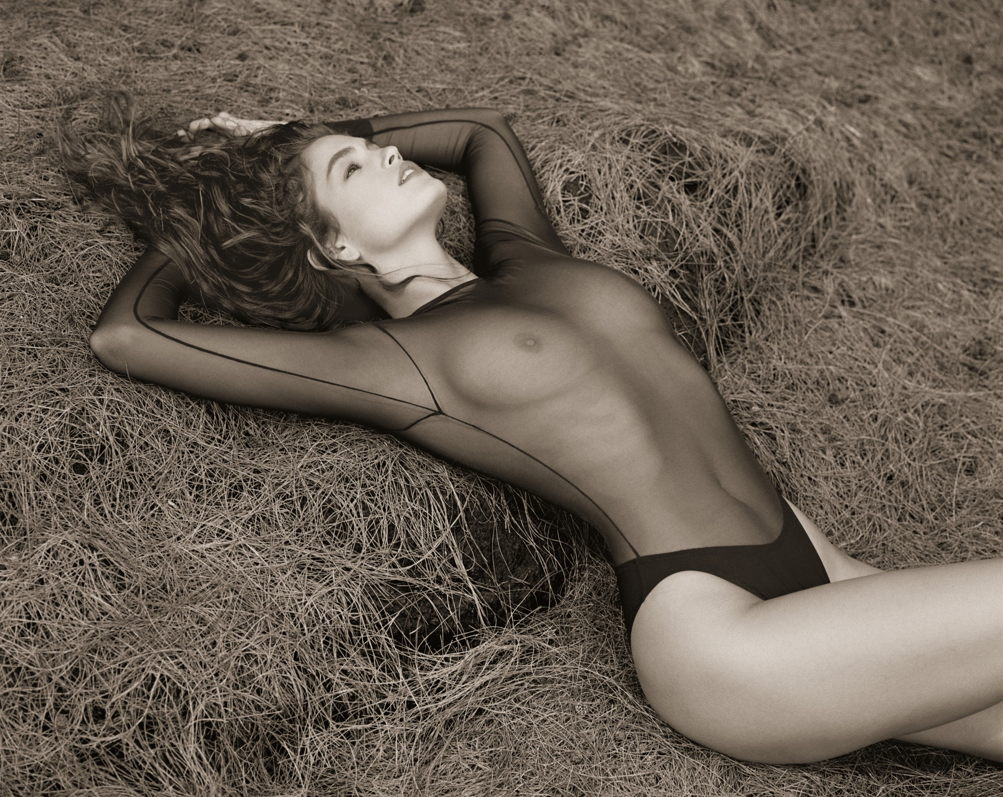 Cindy Crawford topless in a Herb Ritts photo