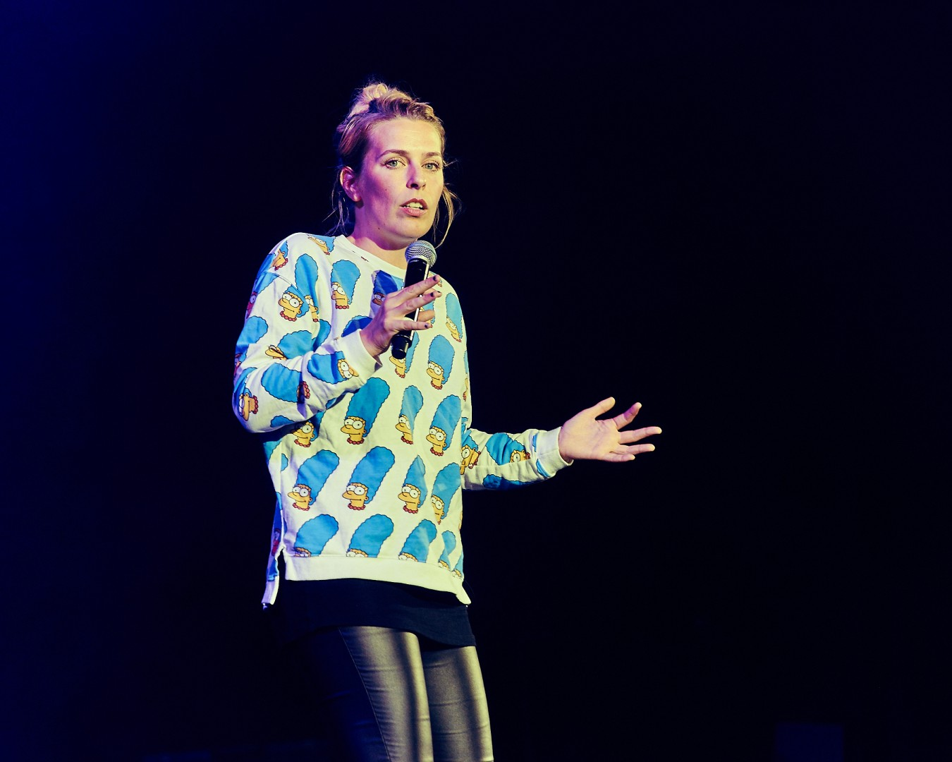 Sara Pascoe at The Invisble Dot