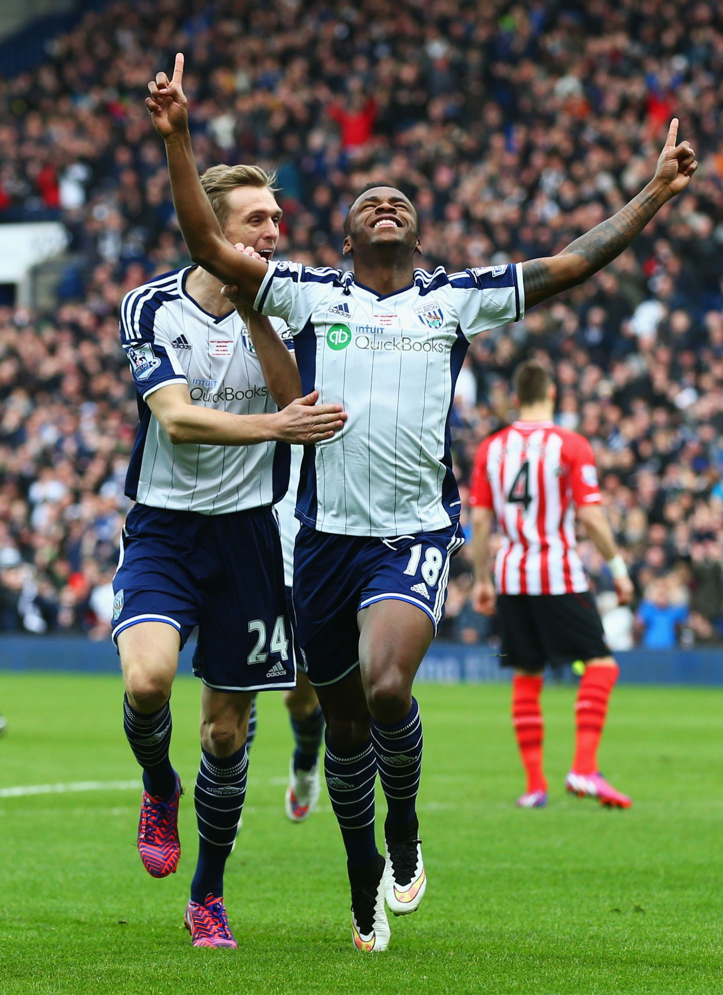 Saido Berahino and Darren Fletcher celebrate for West Bromwich Albion