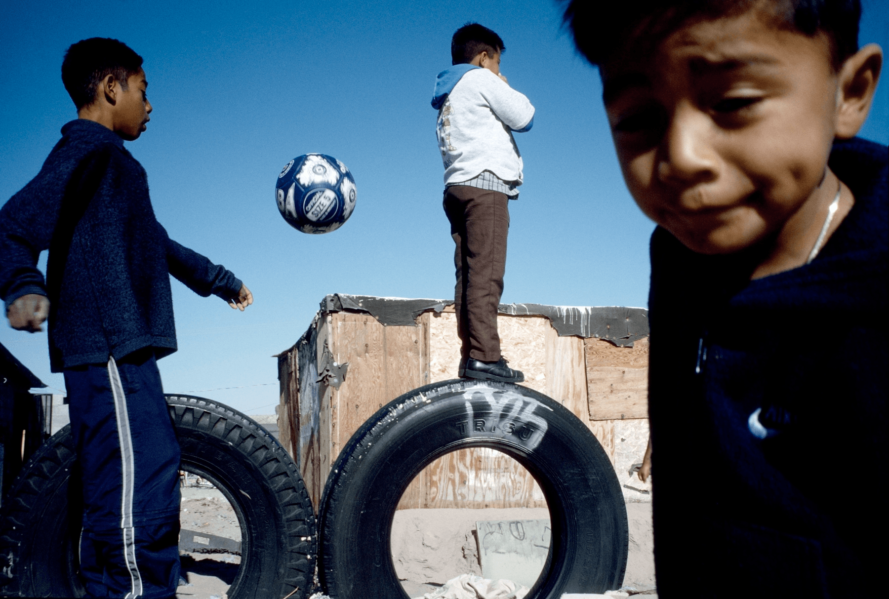MEXICO. Juarez, Chihuahua. 2003. The large colonia of Anapra on the outskirts of Juarez that is only recently beginning to be provided with some running water.