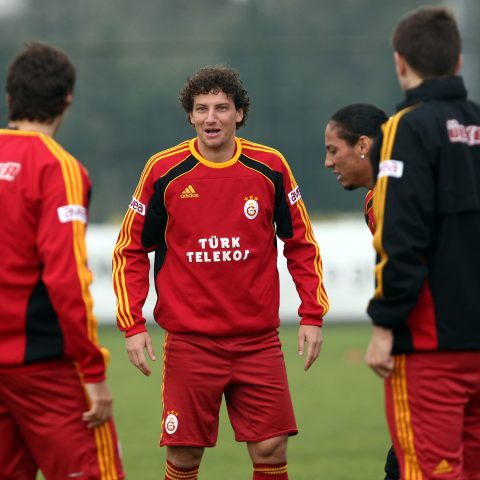 Elano training with Galatasaray.