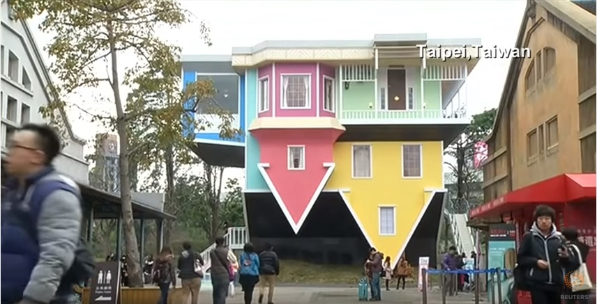 The upside down house.
