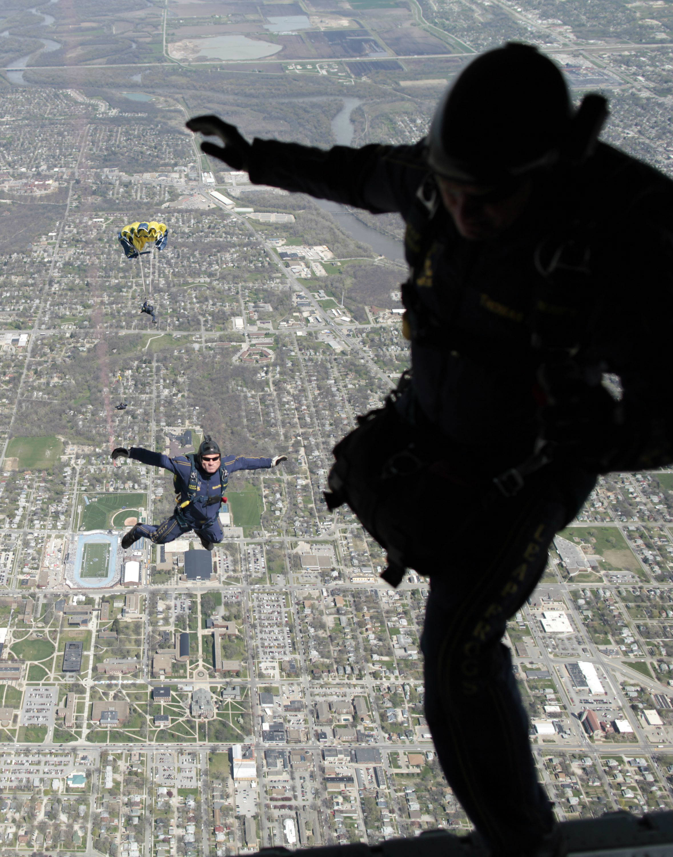 US Navy SEALs parachute jump