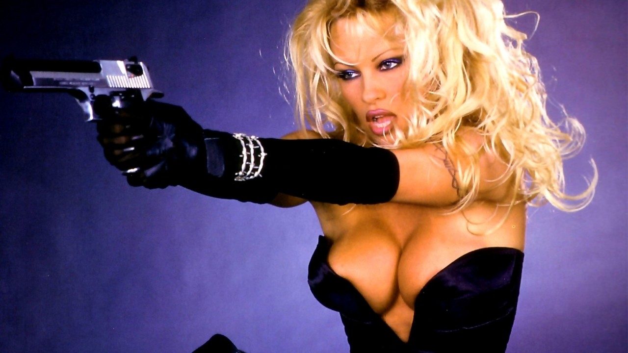 Barb Wire starring Pamela Anderson