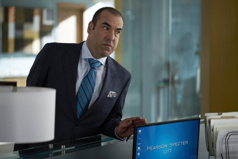 Rick Hoffman as Louis Litt in Suits