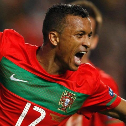 Nani playing for Portugal.