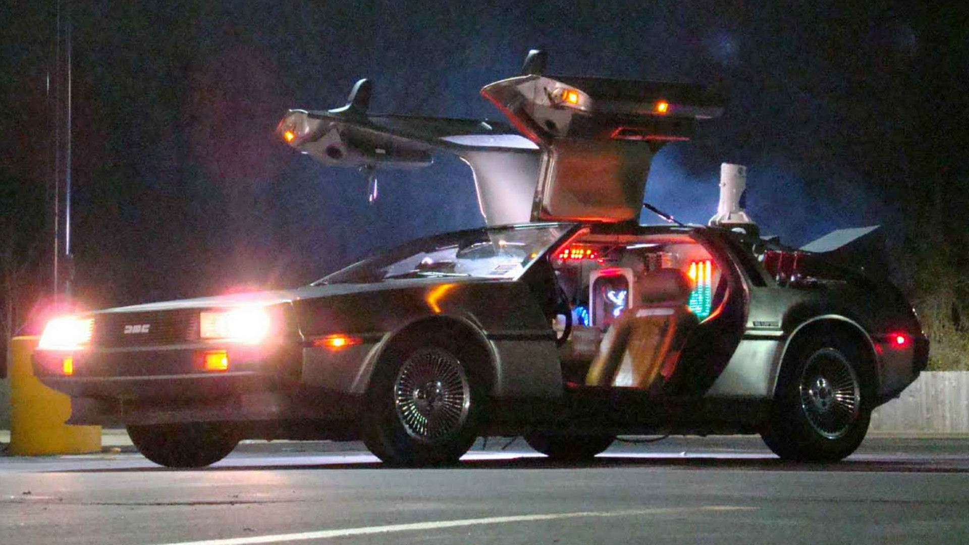 BTTF Back to the Future DeLorean