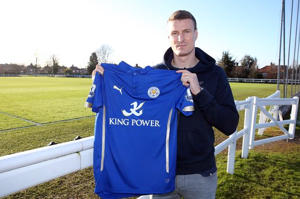 Robert Huth signs for Leicester from Stoke.
