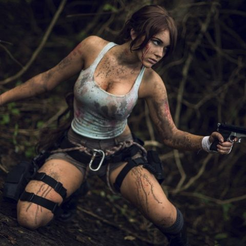 Tomb Raider Lara Croft cosplayer