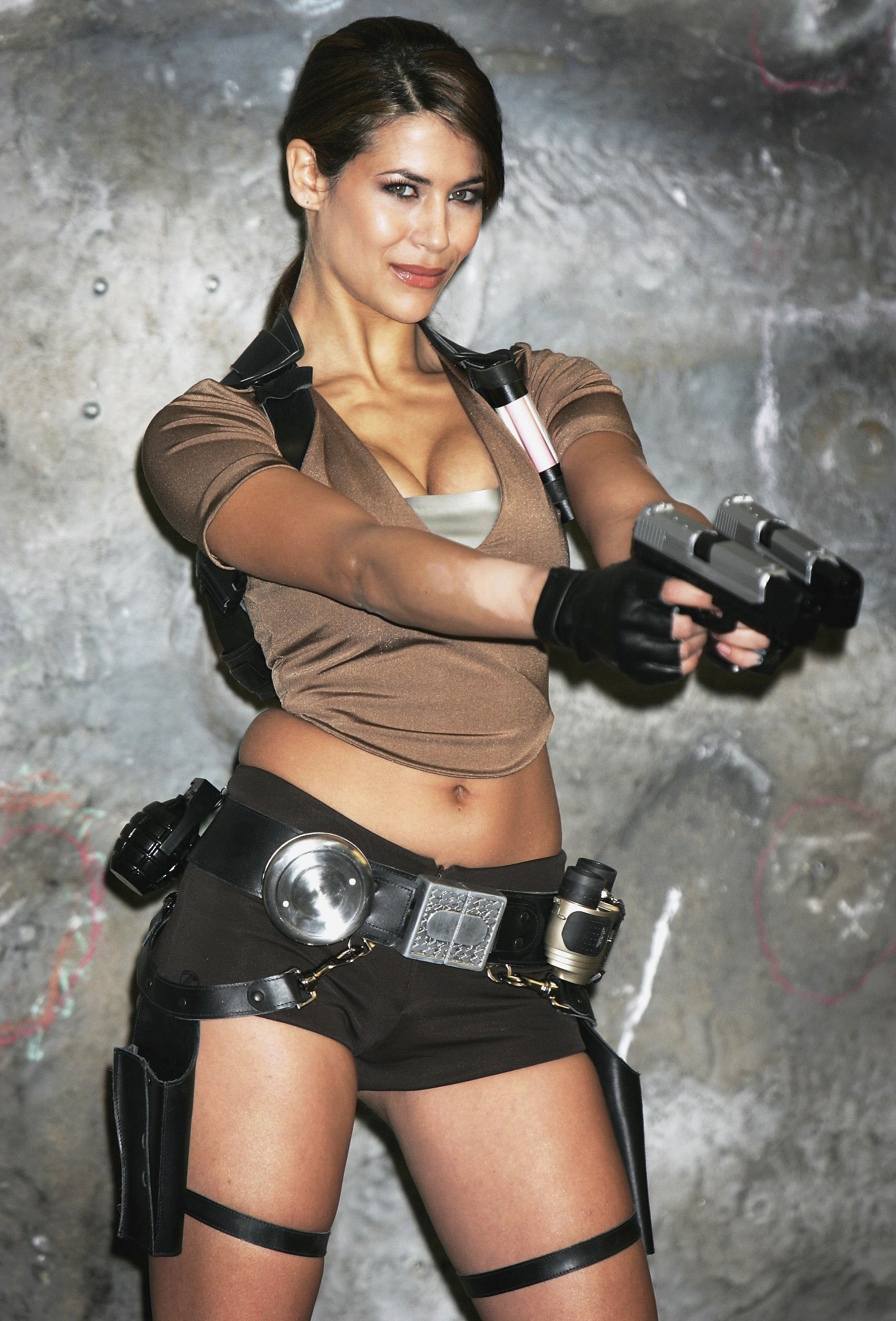 Tomb Raider Lara Croft cosplayer Karima Adebibe
