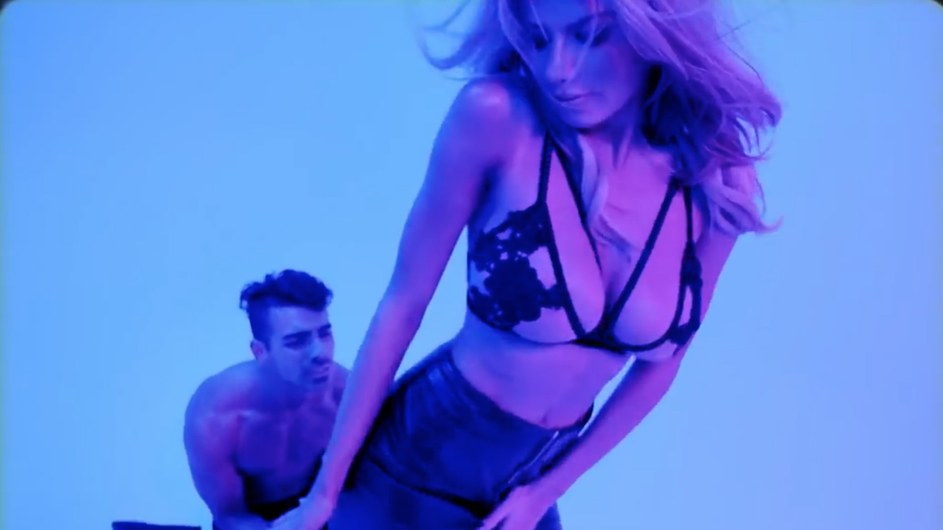 Charlotte McKinney Body Moves Joe Jonas music video