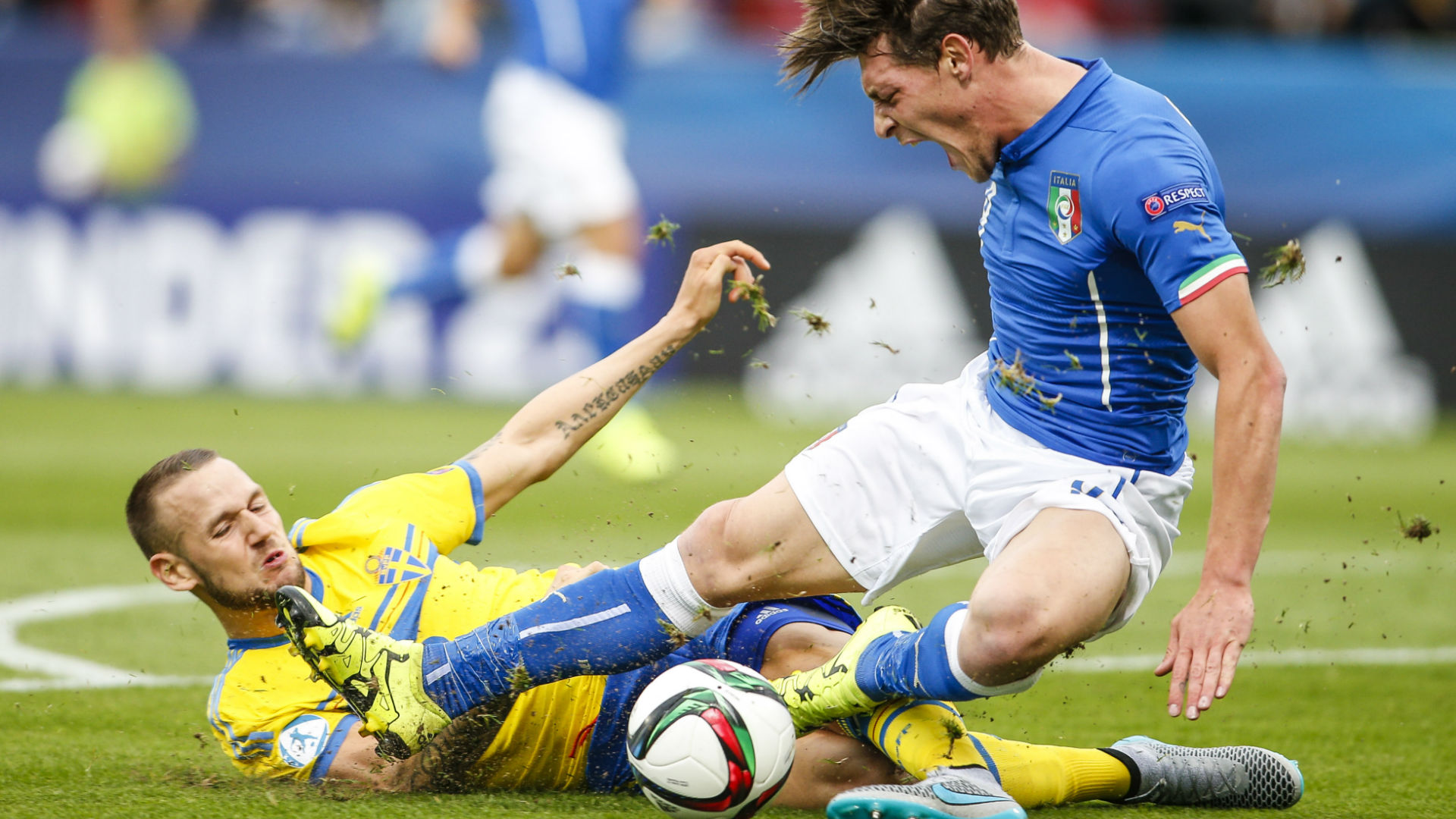 Sweden Italy football horror tackle
