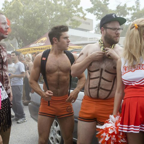 Zac Efron and Seth Rogen in Bad Neighbours 2