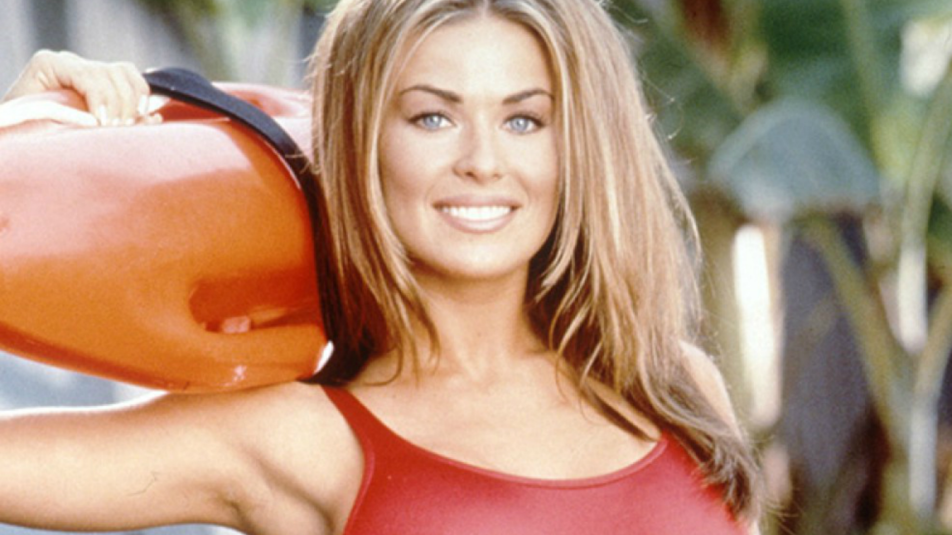 carmen electra in Baywatch