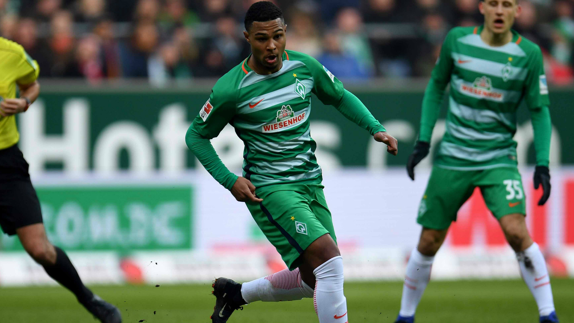 Serge Gnabry in action for Werder Bremen.