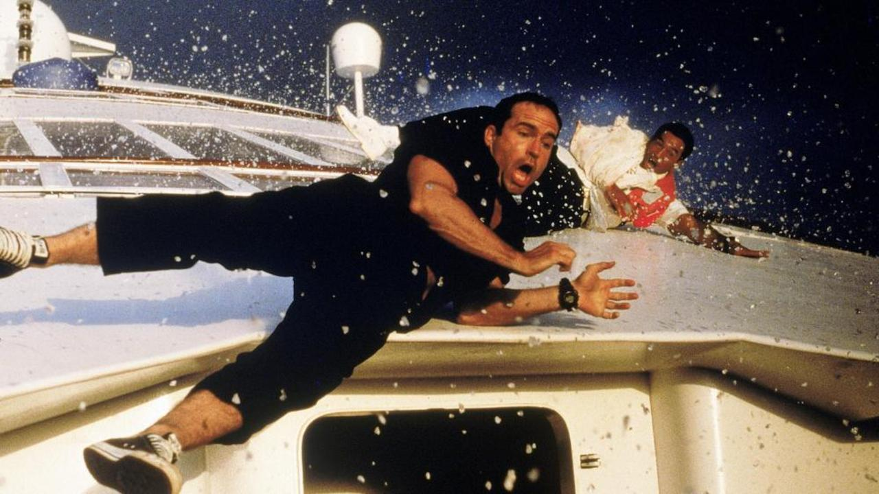 Jason Patric takes a tumble in Speed 2.