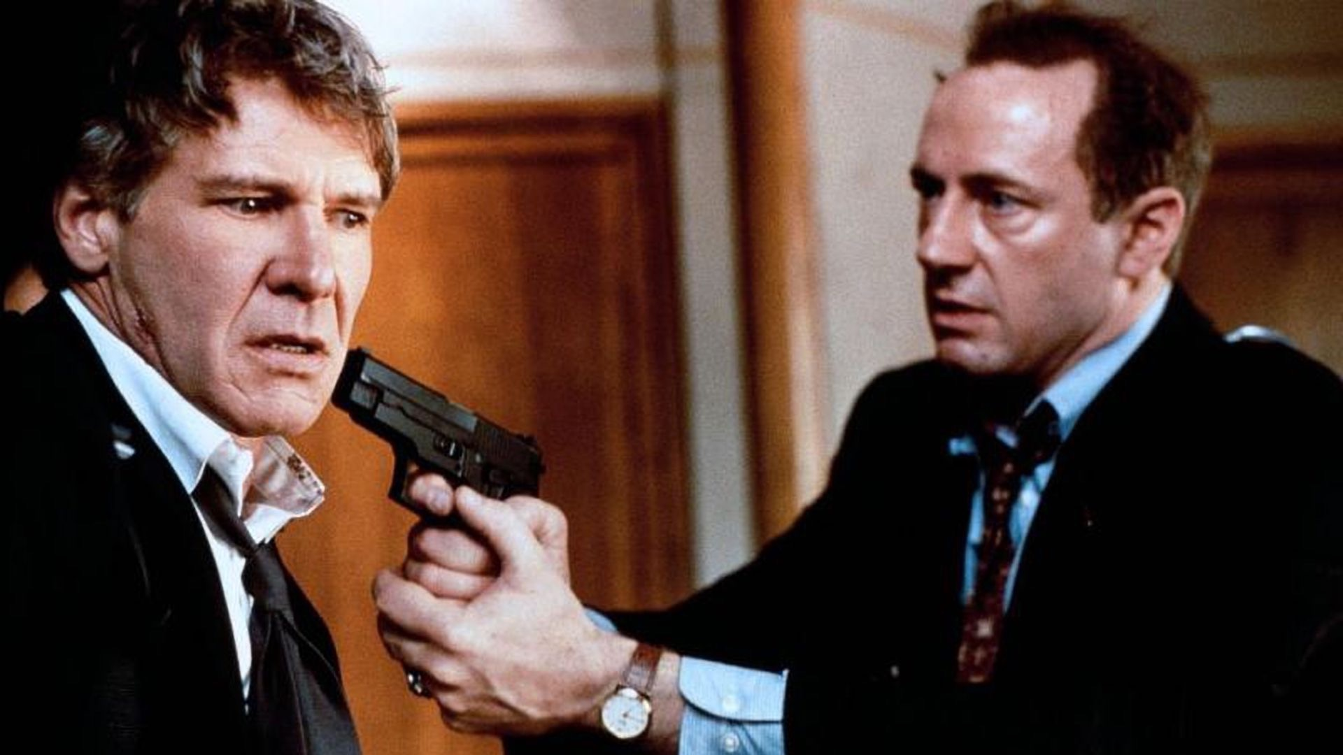 Xander Berkeley and Harrison Ford in Air Force One.