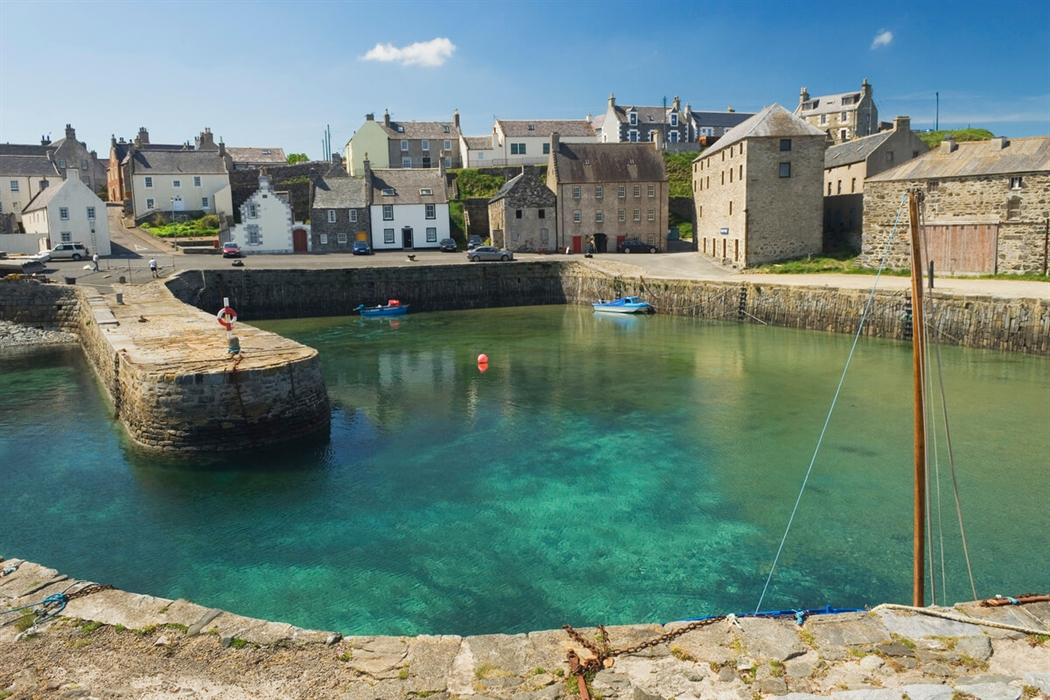 Portsoy in the sun.